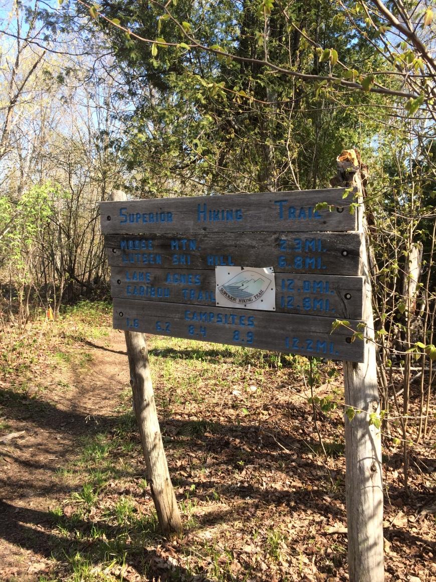 SHT signpost